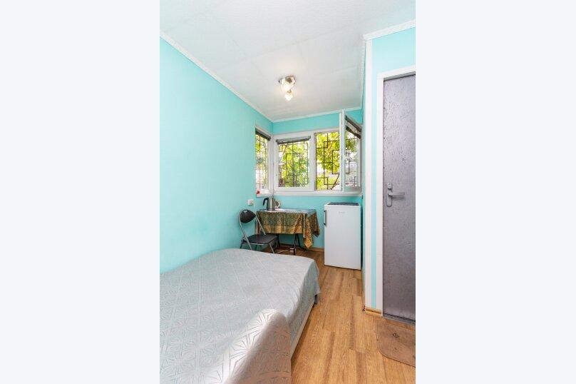Маленький уютный домик для 1-2 человек, 9 кв.м. на 2 человека, 1 спальня, улица Руданского, 9, Ялта - Фотография 1