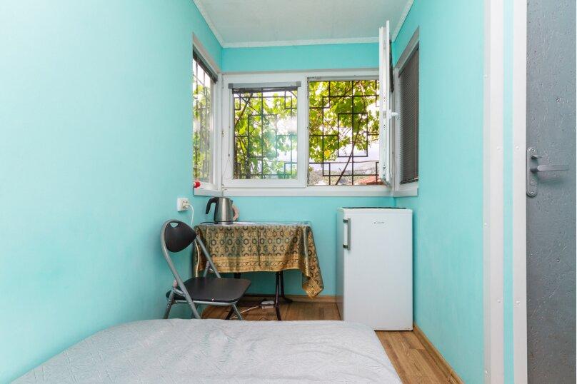 Маленький уютный домик для 1-2 человек, 9 кв.м. на 2 человека, 1 спальня, улица Руданского, 9, Ялта - Фотография 10