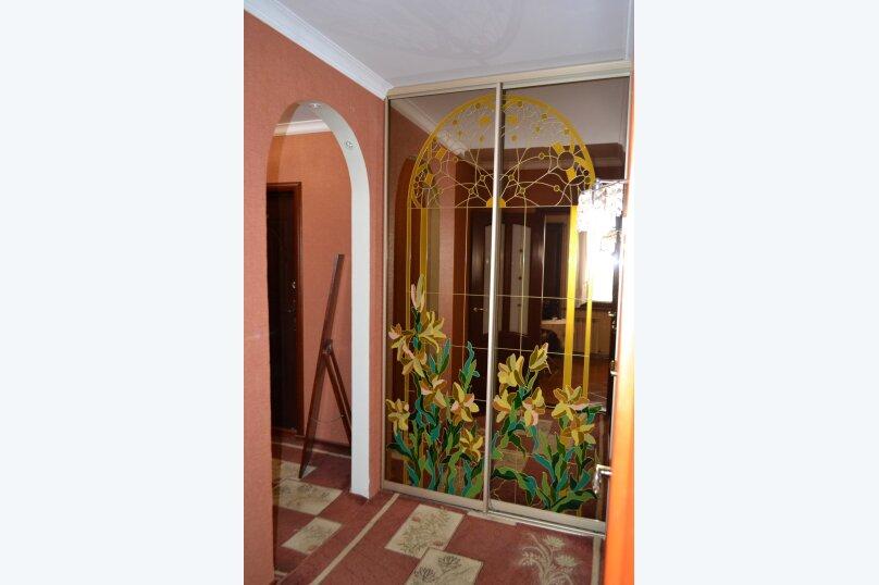 2-комн. квартира, 60 кв.м. на 2 человека, Индустриальное шоссе, 7, Керчь - Фотография 3