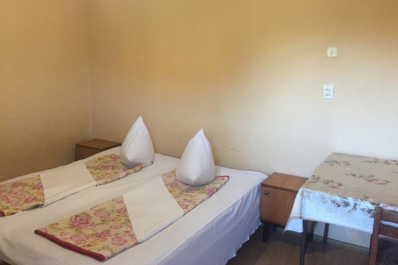 """Мини-гостиница """"Кипарис"""", Адыгов, 1 на 18 комнат - Фотография 2"""