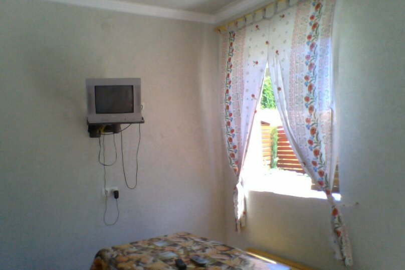 Частный дом 2x комнатный, 45 кв.м. на 4 человека, 2 спальни, Сурожская улица, 13, Судак - Фотография 17