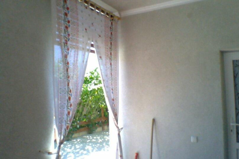 Частный дом 2x комнатный, 45 кв.м. на 4 человека, 2 спальни, Сурожская улица, 13, Судак - Фотография 20