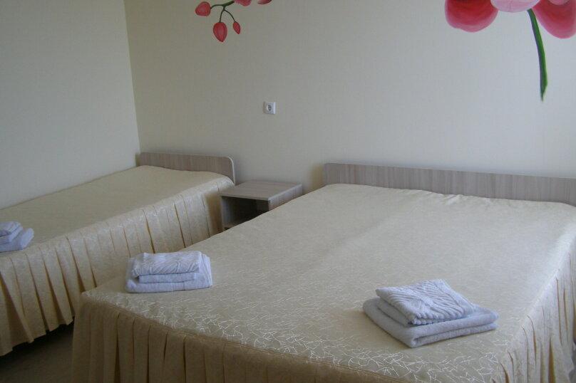 Четырехместный Семейный люкс с видом на бассейн №23, Школьная, 64, Ильич - Фотография 5