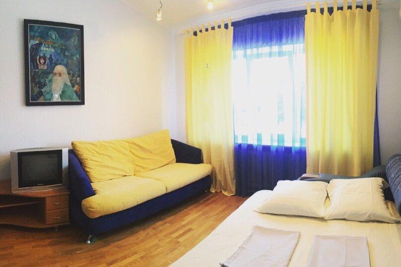 Номер с собственным санузлом, двумя двуспальными диванами. Вид на горы , Цветочная улица, 2, Геленджик - Фотография 1