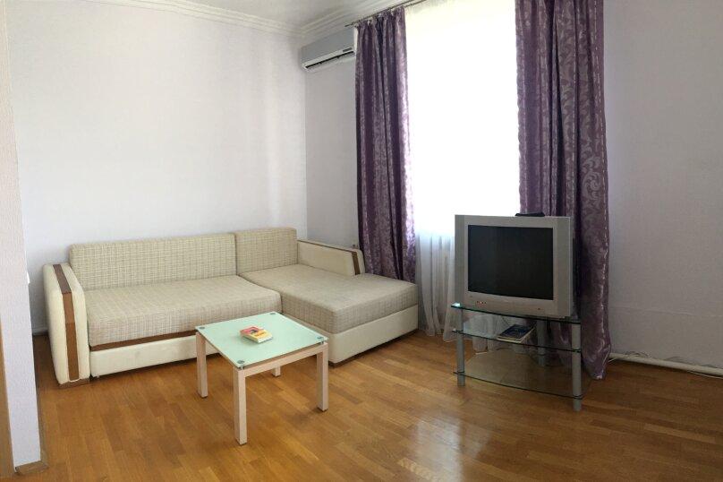 """Гостевой дом """"Марлин"""", Цветочная улица, 2 на 4 комнаты - Фотография 14"""