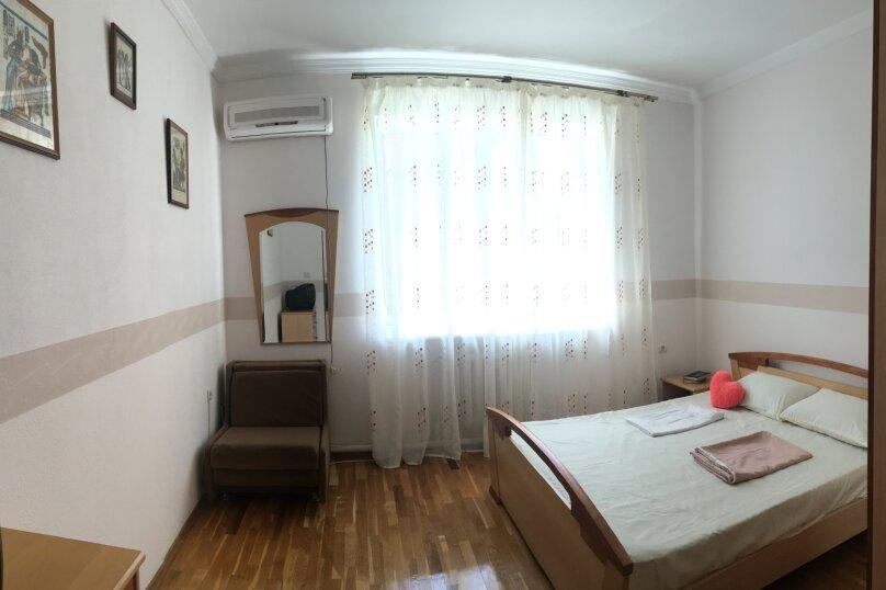 """Гостевой дом """"Марлин"""", Цветочная улица, 2 на 4 комнаты - Фотография 10"""