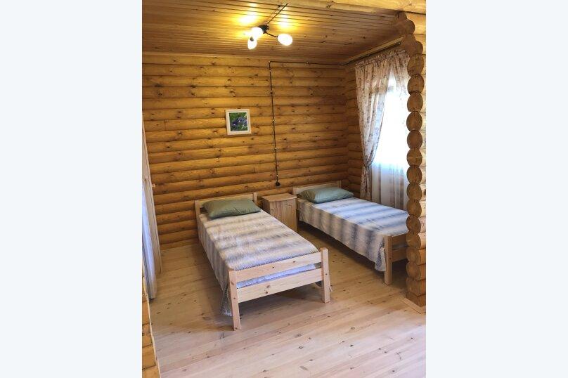 """Гостевой дом """"Семейный"""", Прохладная, 12 на 22 комнаты - Фотография 12"""