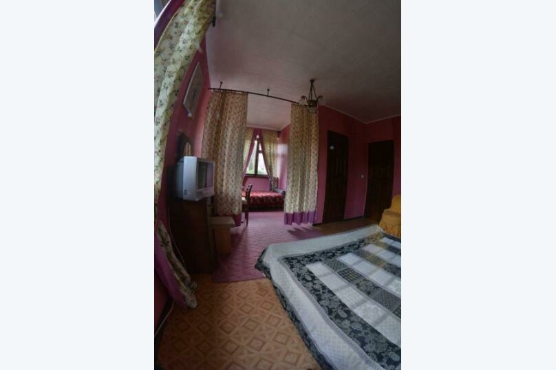 Четырёхместный люкс , Персиковая улица, 44, Солнечногорское - Фотография 1