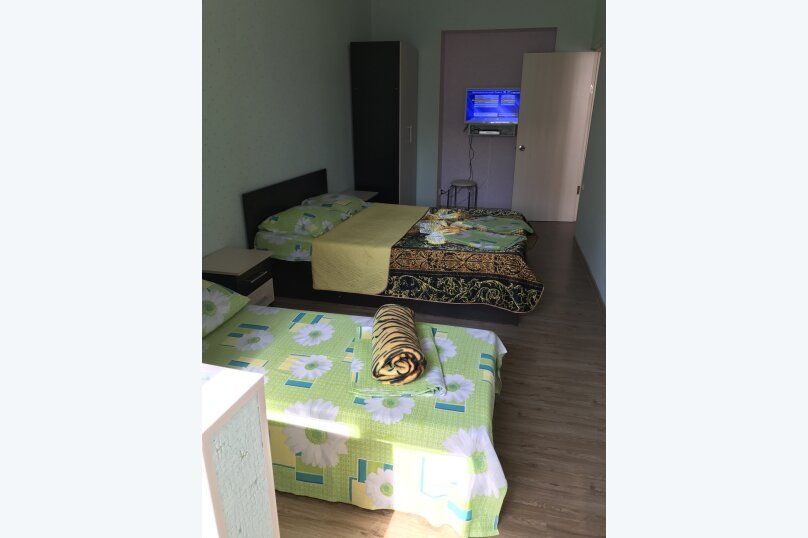 3-комн. квартира, 100 кв.м. на 9 человек, улица Абазгаа, 55/4, Гагра - Фотография 9