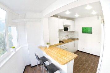 1-комн. квартира, 34 кв.м. на 2 человека, улица Блюхера, Ялта - Фотография 1