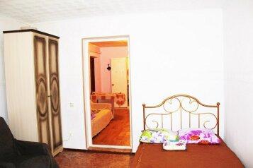Дом, 40 кв.м. на 5 человек, 2 спальни, улица Кустодиева, Геленджик - Фотография 4