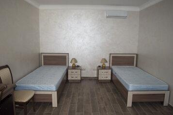 Стандарт:  Номер, Стандарт, 2-местный, 1-комнатный, Гостиница, улица Мальченко на 5 номеров - Фотография 3