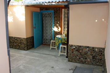 Просторный уютный дом под ключ в Судаке, 45 кв.м. на 5 человек, 2 спальни, Гагарина, район горы Фирейная , Судак - Фотография 2