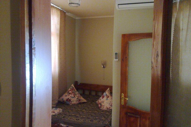 """Гостевой дом """"Iron Lion"""", улица Юнус Кандым, 1 на 5 комнат - Фотография 6"""