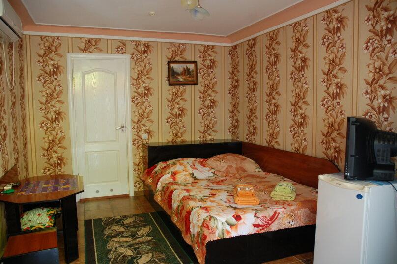 Двухместный номер, Керченское шоссе, 70, Феодосия - Фотография 5