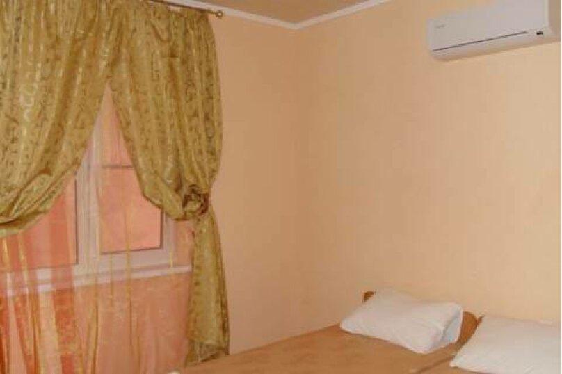 2-х комнатный 6-ти местный номер, Таманская улица, 10, ПК Кавказ, Голубицкая - Фотография 7