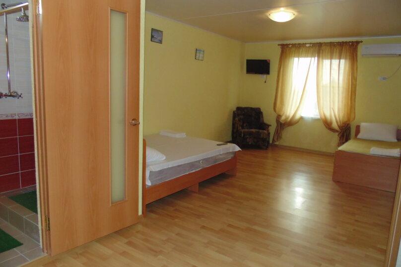 Однокомнатный 4-х местный номер, Таманская улица, 10, ПК Кавказ, Голубицкая - Фотография 11