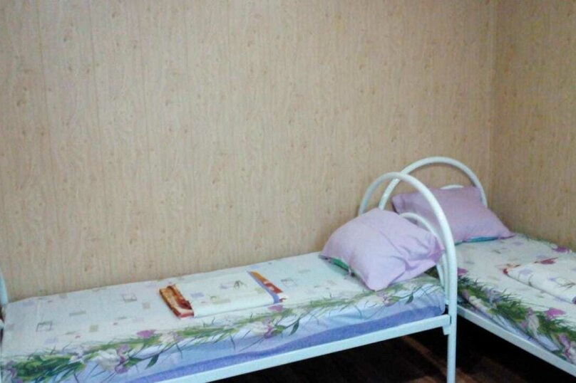 """Номера """"Стандарт"""" туалет и душ на 2 номера, Ленина, 57, Дивноморское - Фотография 1"""