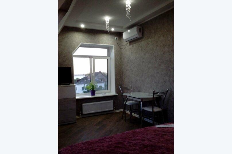 Отдельная комната, улица Калинина, 10, Керчь - Фотография 1