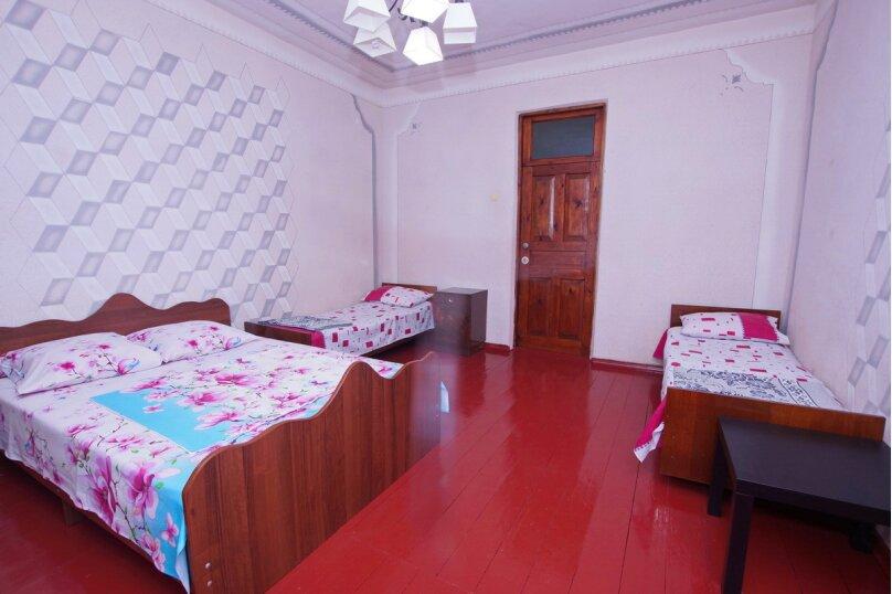 """Гостевой дом """"На Сухумском шоссе"""", Сухумское шоссе, 3-тий тупик на 6 комнат - Фотография 32"""