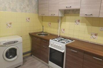 1-комн. квартира, 40 кв.м. на 3 человека, Бульвар Новаторов, Санкт-Петербург - Фотография 3