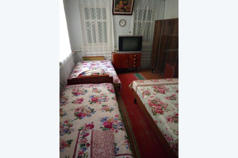 Пол дома, 50 кв.м. на 6 человек, 2 спальни, улица Шевченко, 282, Ейск - Фотография 3