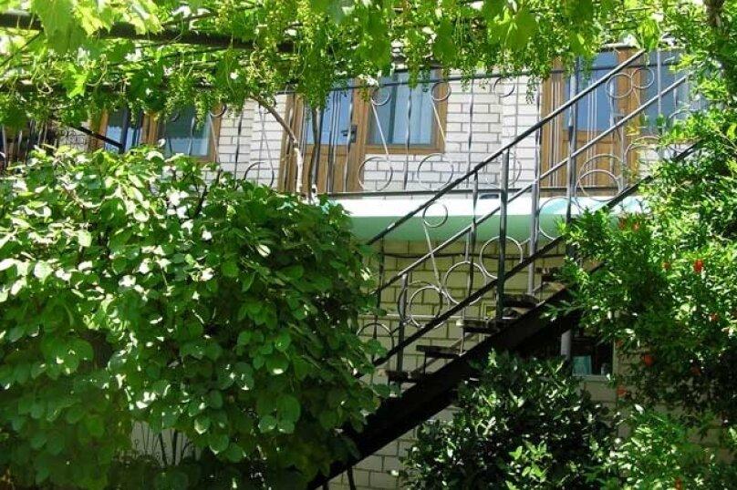 """Гостевой дом """"На Вишнёвой 11"""", Вишнёвая улица, 11 на 10 комнат - Фотография 12"""
