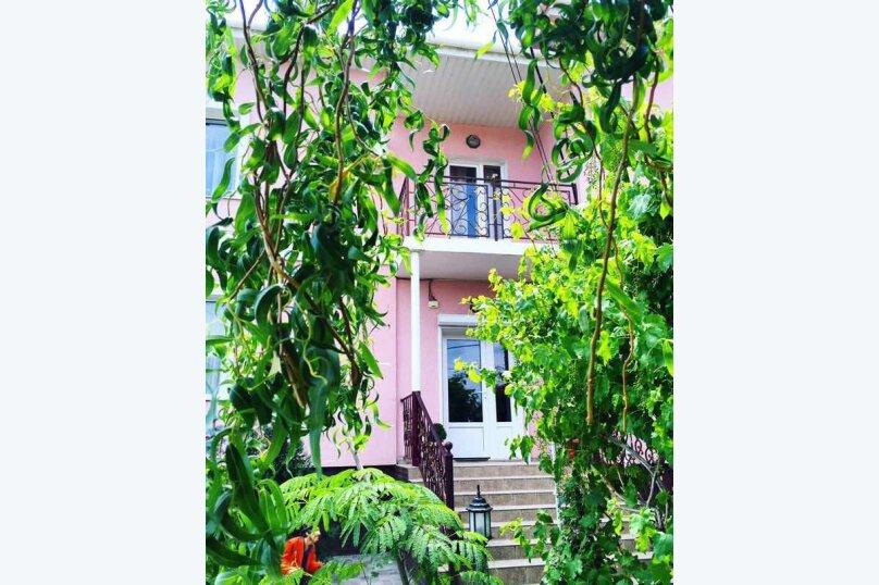 """Мини-отель """"Байрам"""", Пихтовый переулок, 19 на 12 номеров - Фотография 1"""