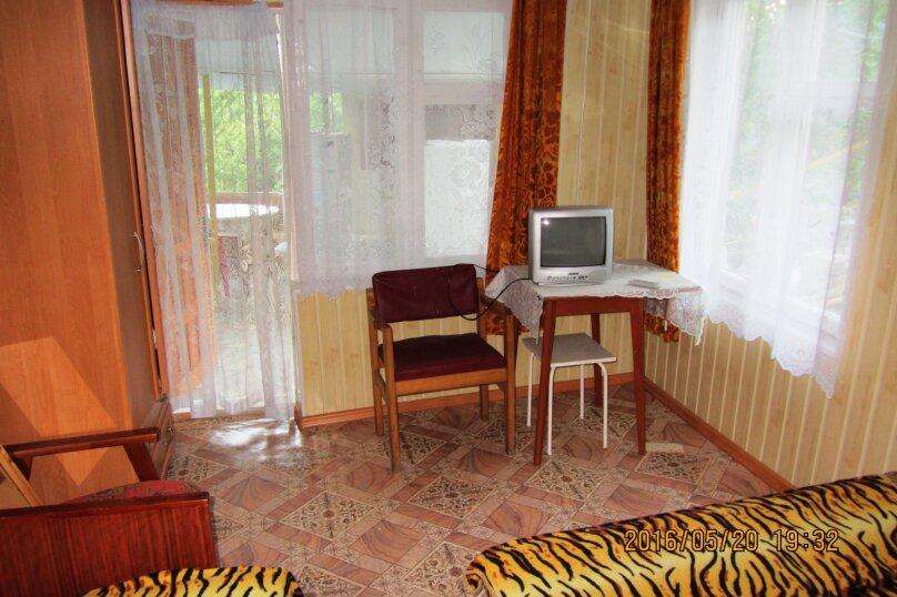 Коттедж с отдельным двориком, Севастопольское шоссе, 54, Алупка - Фотография 7