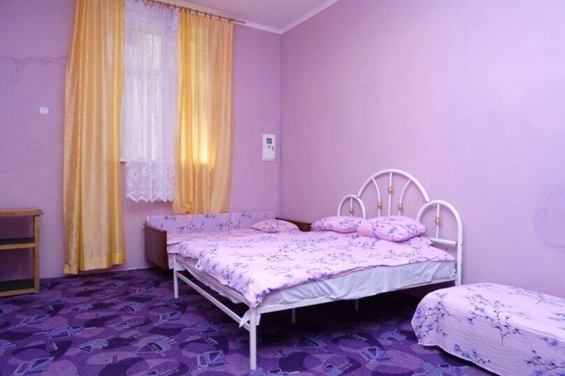 Отдельная комната, Шоссе Свободы, 12-Е, Алупка - Фотография 1