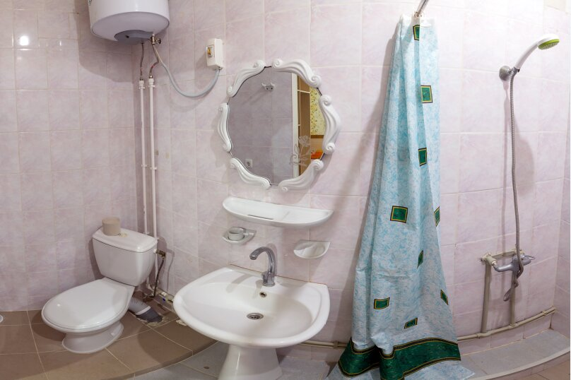 """Гостевой дом """"На Красномаякской 9"""", Красномаякская улица, 9 на 12 комнат - Фотография 42"""