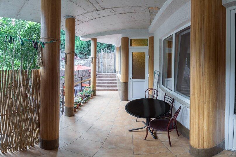 """Гостевой дом """"На Красномаякской 9"""", Красномаякская улица, 9 на 12 комнат - Фотография 32"""