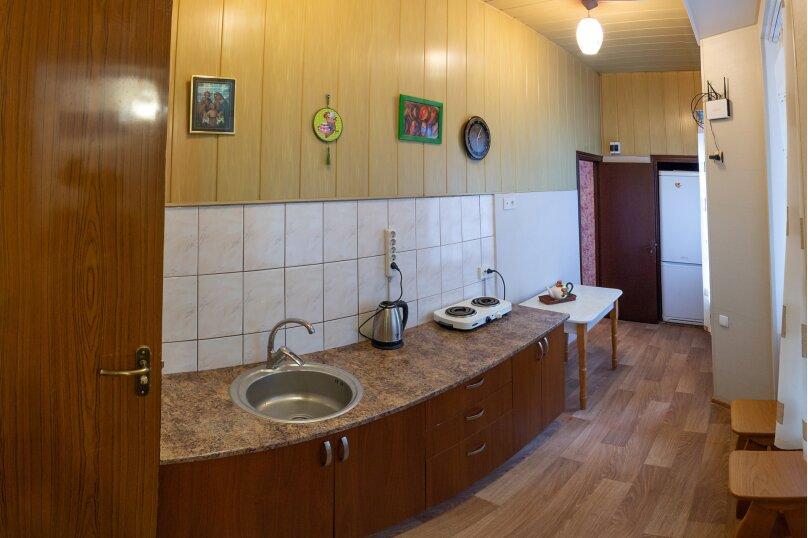 """Гостевой дом """"На Красномаякской 9"""", Красномаякская улица, 9 на 12 комнат - Фотография 38"""