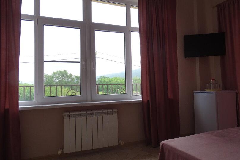 Трехместный номер со всеми удобствами с балконом , Радужная, 14, Кабардинка - Фотография 4