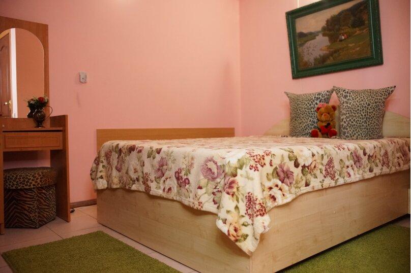 3-местный эконом (одна двухспальная + креслокровать), Переулок Речной, 1, Феодосия - Фотография 1