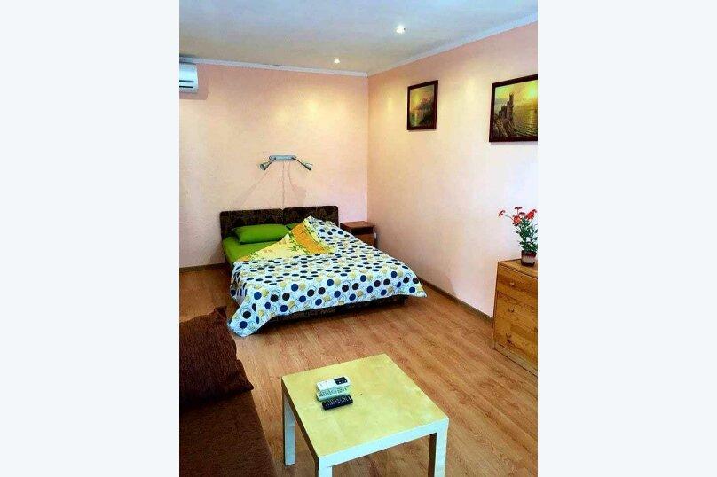 Комната 2, Садовая улица, 8, Феодосия - Фотография 1