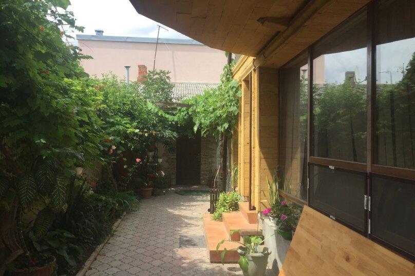 Дом, 85 кв.м. на 5 человек, 1 спальня, улица Федько, 6, Евпатория - Фотография 1