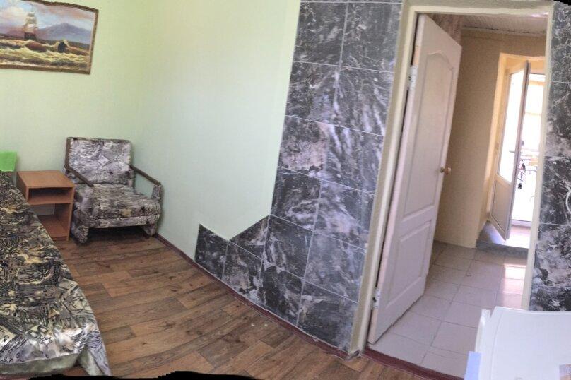Комната  №10 трехместный + доп.место, Почтовая, 32, Черноморское - Фотография 3