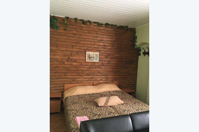 Комната  №10 трехместный + доп.место, Почтовая, 32, Черноморское - Фотография 1