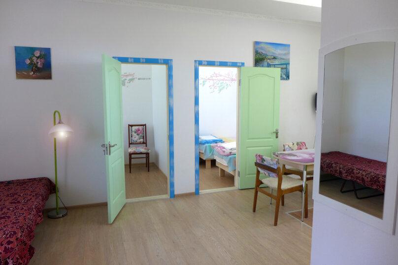Студия + 2 спальни, Пограничная улица, 26, Алушта - Фотография 1