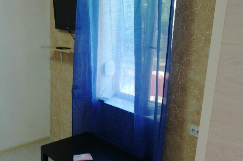 Дом, 20 кв.м. на 4 человека, 4 спальни, Первомайская улица, 190, Ейск - Фотография 2