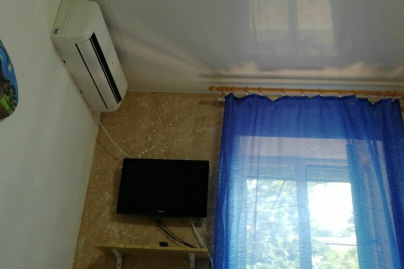 Дом, 20 кв.м. на 4 человека, 4 спальни, Первомайская улица, 190, Ейск - Фотография 3