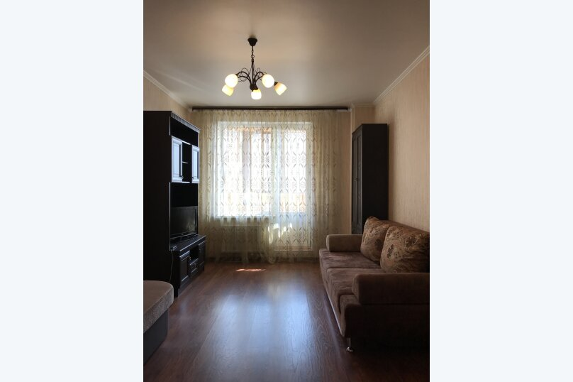 3-комн. квартира, 90 кв.м. на 7 человек, Комендантский проспект, 51к1, Санкт-Петербург - Фотография 2