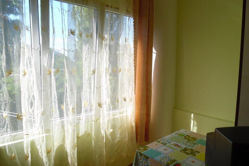 1-комн. квартира, 30 кв.м. на 3 человека, Херсонская улица, 8, Севастополь - Фотография 2