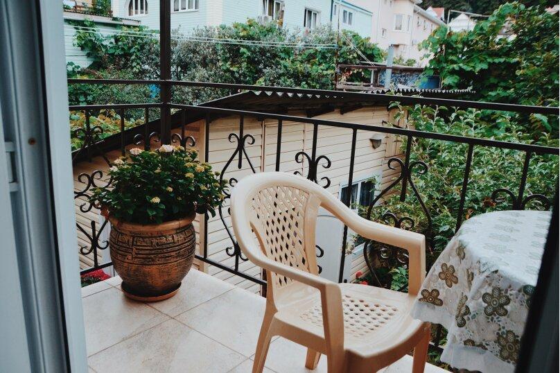 Стандарт (2 этаж 2 человека)+балкон, улица Лазарева, 186, Лазаревское - Фотография 4
