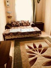 4-х ком. дом  по ул.Гоголя, 90 кв.м. на 8 человек, 4 спальни, улица Гоголя, 49, Ейск - Фотография 1