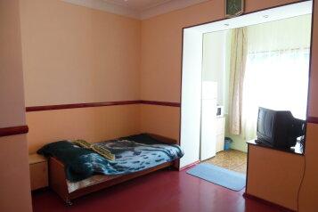 1-комн. квартира, 30 кв.м. на 3 человека, Херсонская улица, Севастополь - Фотография 1
