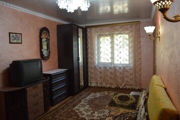 Дом, 62 кв.м. на 5 человек, 2 спальни, Озерная, Коктебель - Фотография 2
