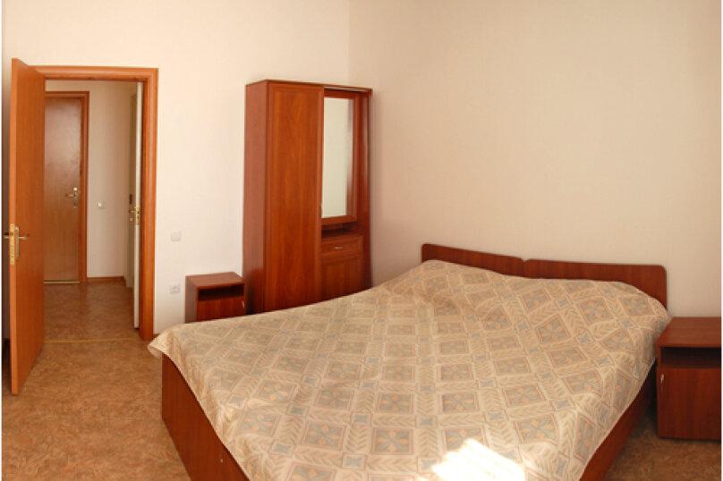 Двух комнатный (номер студия), переулок Комарова, 15, Береговое, Феодосия - Фотография 3