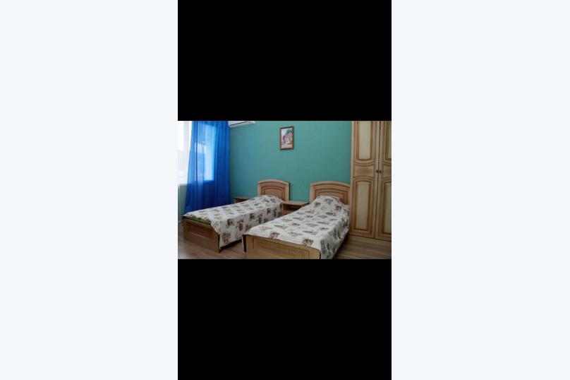 """Гостевой дом """"Альмира"""", Жигулевская улица, 3/1 на 18 комнат - Фотография 42"""